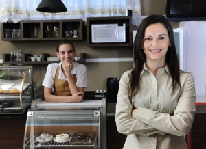 Living on a Dime: Small Wages and Large Gender Wage Gap in Restaurant Industry, According to Recent Report
