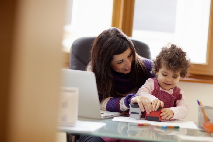 women with child at office